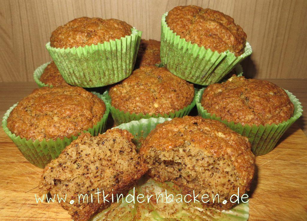 Vegane Muffins mit Zucchini und Walnüssen