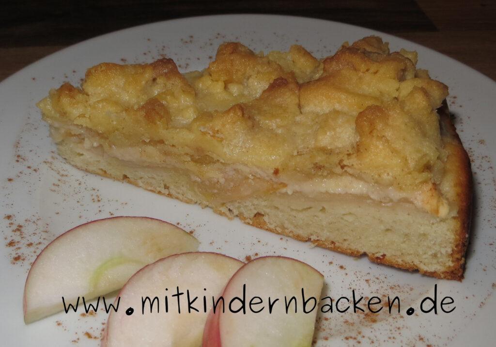 Apfelkuchen mit Streusel und Quark-Öl-Teig, eifrei